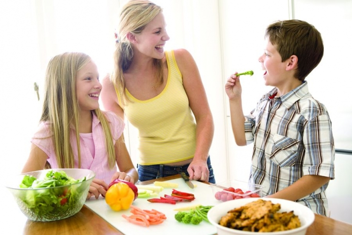 Resultado de imagen de comer frutas y verduras